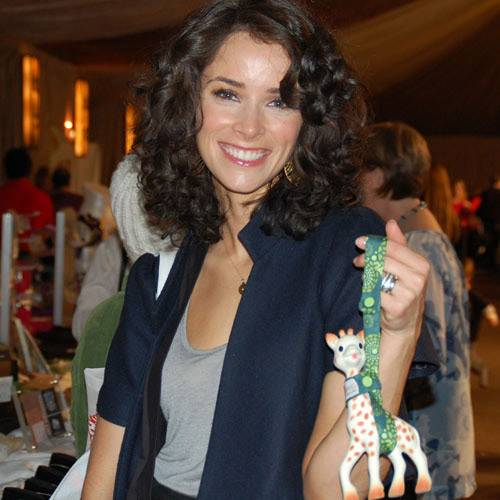 celebrities with sophie giraffe