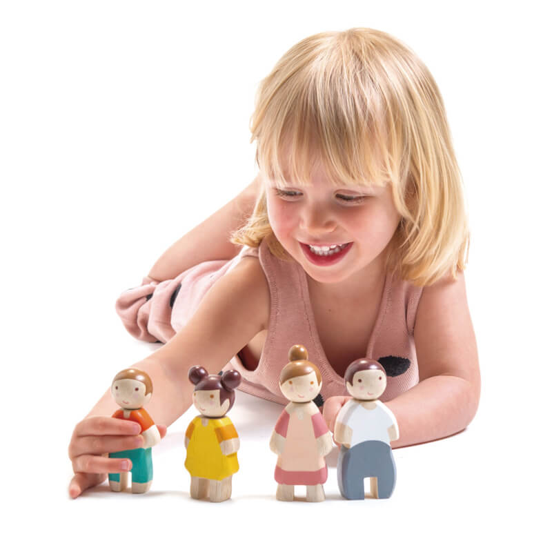 girl playing with tender leaf family of 4