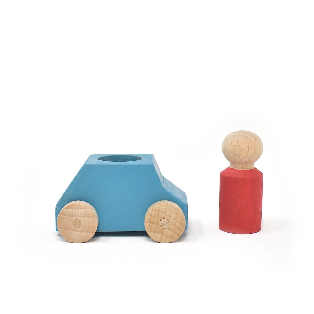 sky blue car red person lublona